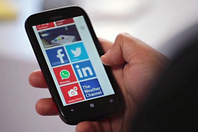 Nokia Lumia 520 - Best Budget Smartphones