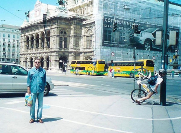 26-perfect-timing-bike-cras