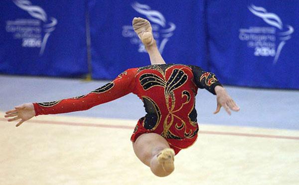 35-headless-gymnast-perfect
