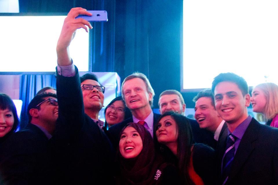 awais selfie