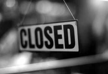 closed_sign_16136529_by_stockproject1-d4d993m