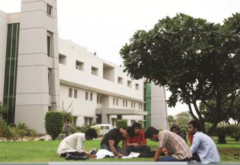NED_University_White_House
