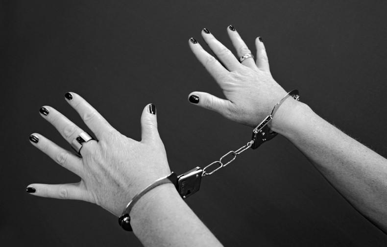 handcuffs-964522_1280