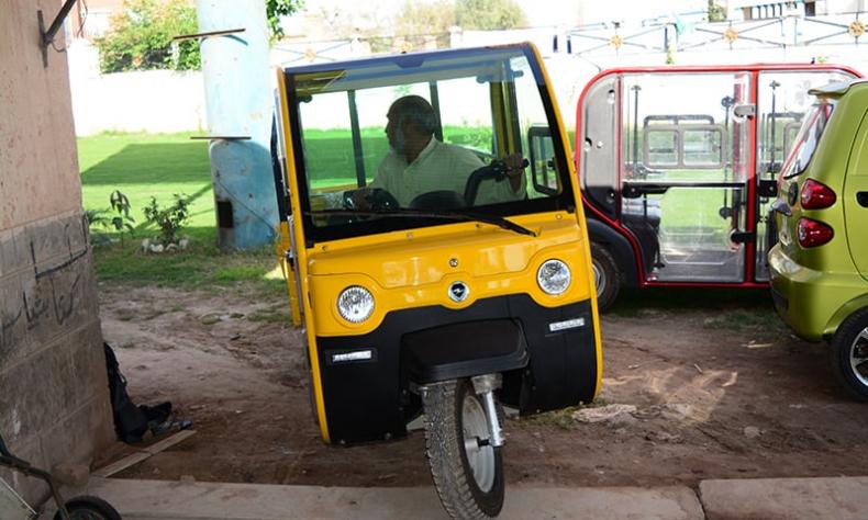 electronic rickshaws-featured