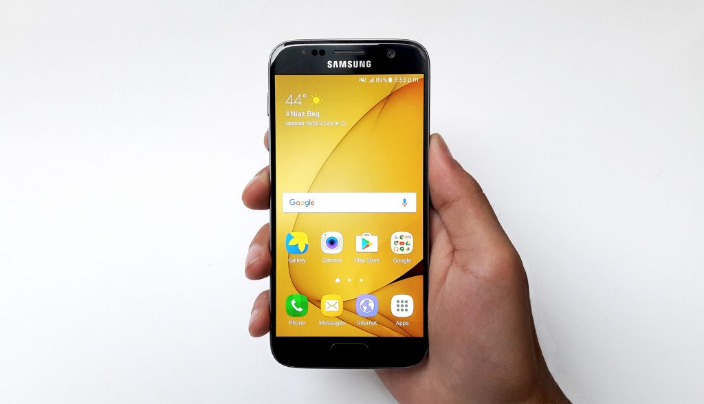 Samsung Galaxy A7 2_firstimpression