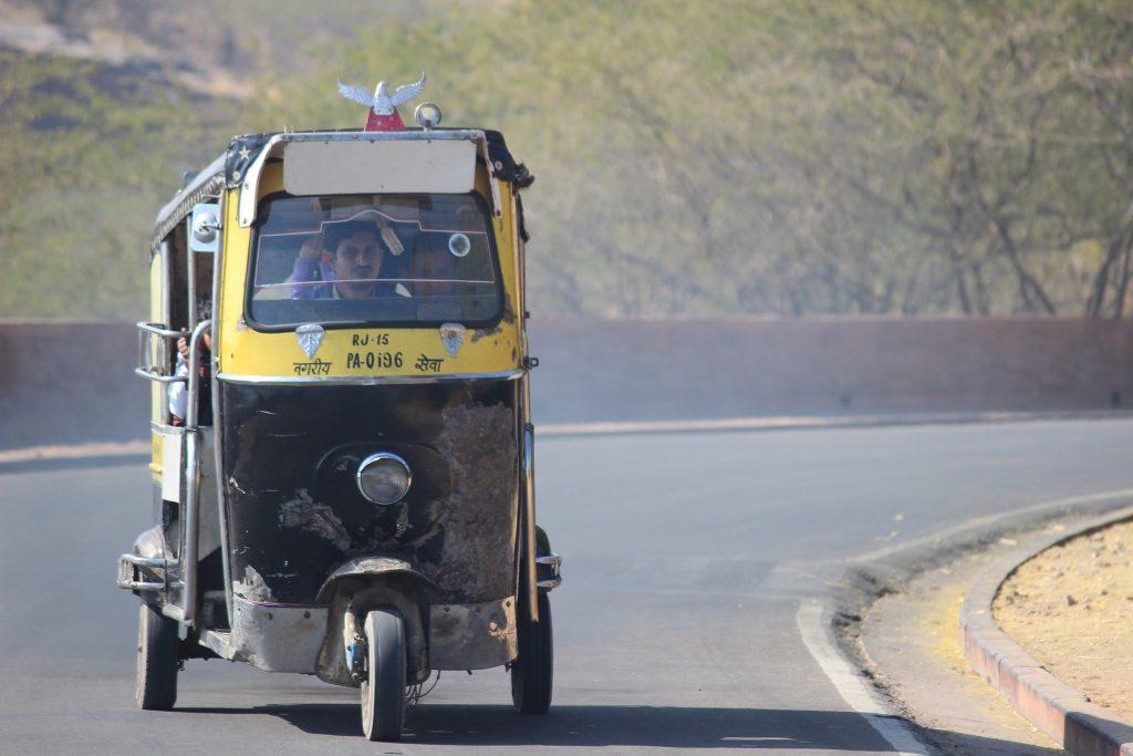 rickshaw-1196193_1920