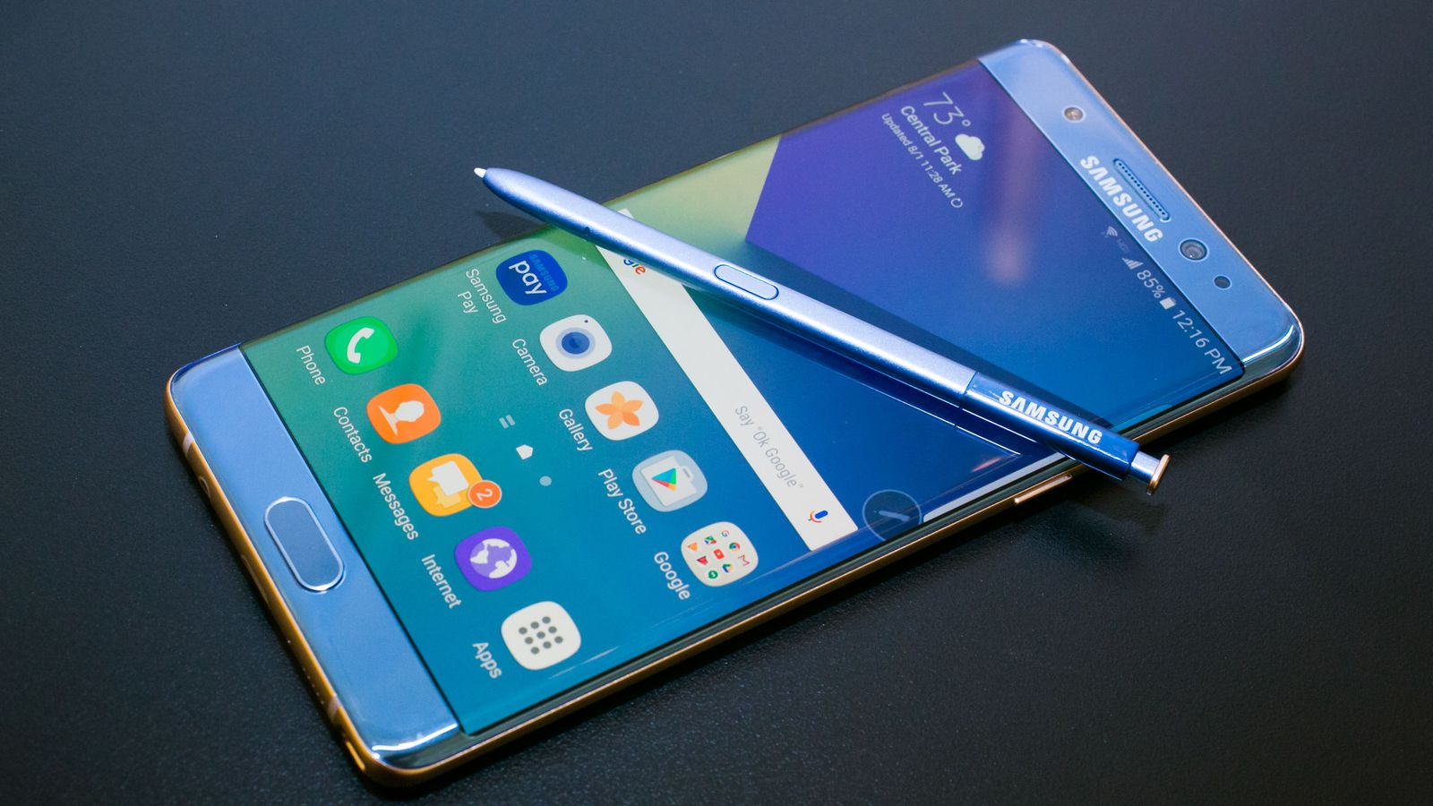 """A Galaxy Note 7 deemed safe by Samsung caught fire on Southwest Airlines flight 944 from Louisville to Baltimore. The plane was still on ground and was evacuated quickly after passengers were startled by a smoking Galaxy Note 7. The owner of the phone, Brian Green, told the Verge (http://www.theverge.com/2016/10/5/13175000/samsung-galaxy-note-7-fire-replacement-plane-battery-southwest) that he had picked up the replacement phone from AT&T store on September 21st. The phone was supposed to be safe to use as it came with a black square symbol on the box (one which Samsung now uses to differentiate safe Note 7 devices) and showed a green battery symbol. [Image: https://quip.com/-/blob/WNdAAA8gn3J/sIpDyjS87gr06Lvh4bNekA]Green said that as soon as he powered down the device, as requested by the flight crew, his device started emitting a """"thick grey-green angry smoke"""". He left the phone on the floor and quickly evacuated the flight. The phone burned through the carpet and had even damaged the subfloor of the plane. Green's phone had about 80 percent charge when the accident happened. He said that he had only once used a wireless charger to charge his device. The device is now in the hands of the local fire department for further investigation and Green has replaced his device with a new iPhone 7. In hindsight, that might not have been an entirely good decision as there have been similar incidents where iPhone 7 and 7 plus have caught fire due to battery damage (https://www.techjuice.pk/iphone-7-plus-explodes-before-even-being-taken-out-of-the-box/)."""