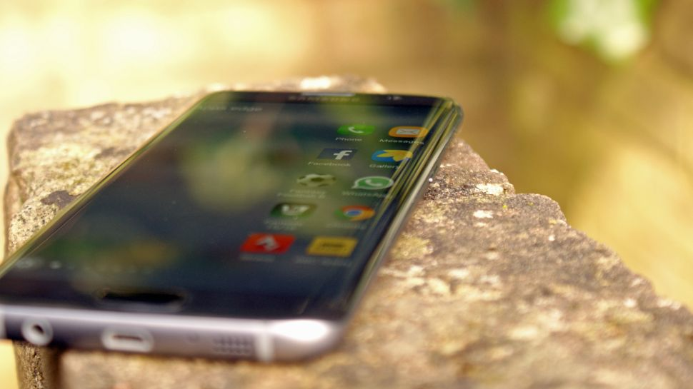 Samsung Denies Galaxy S7 Issues Despite Reports of Fires