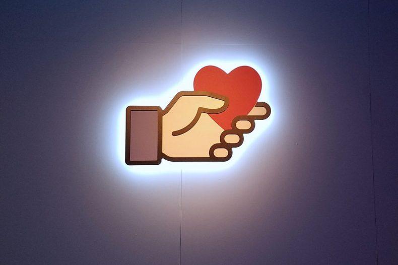 facebook_social_good.0