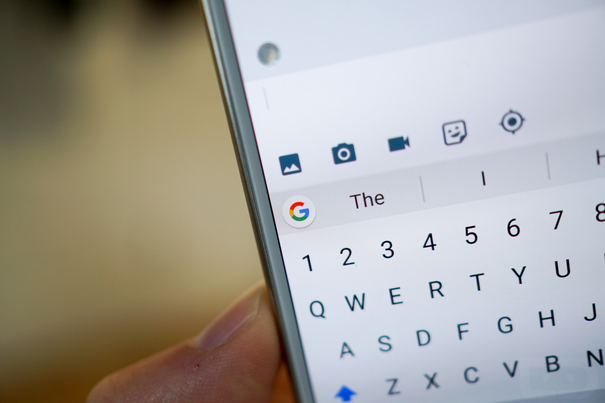 Gboard for iOS now offers YouTube and Google Maps tabs