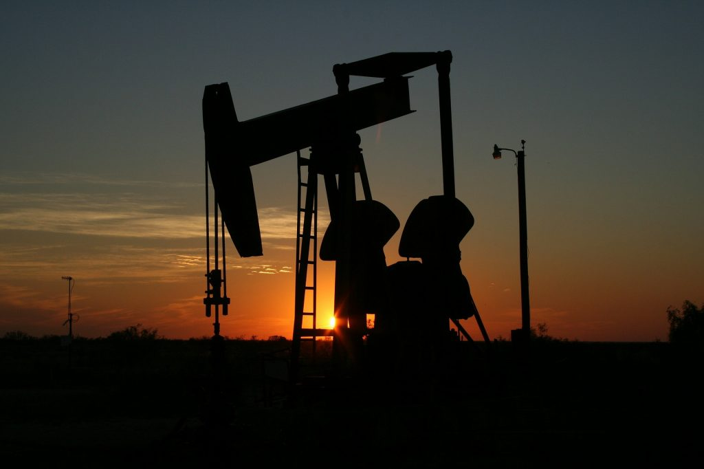 oil-106913_1920