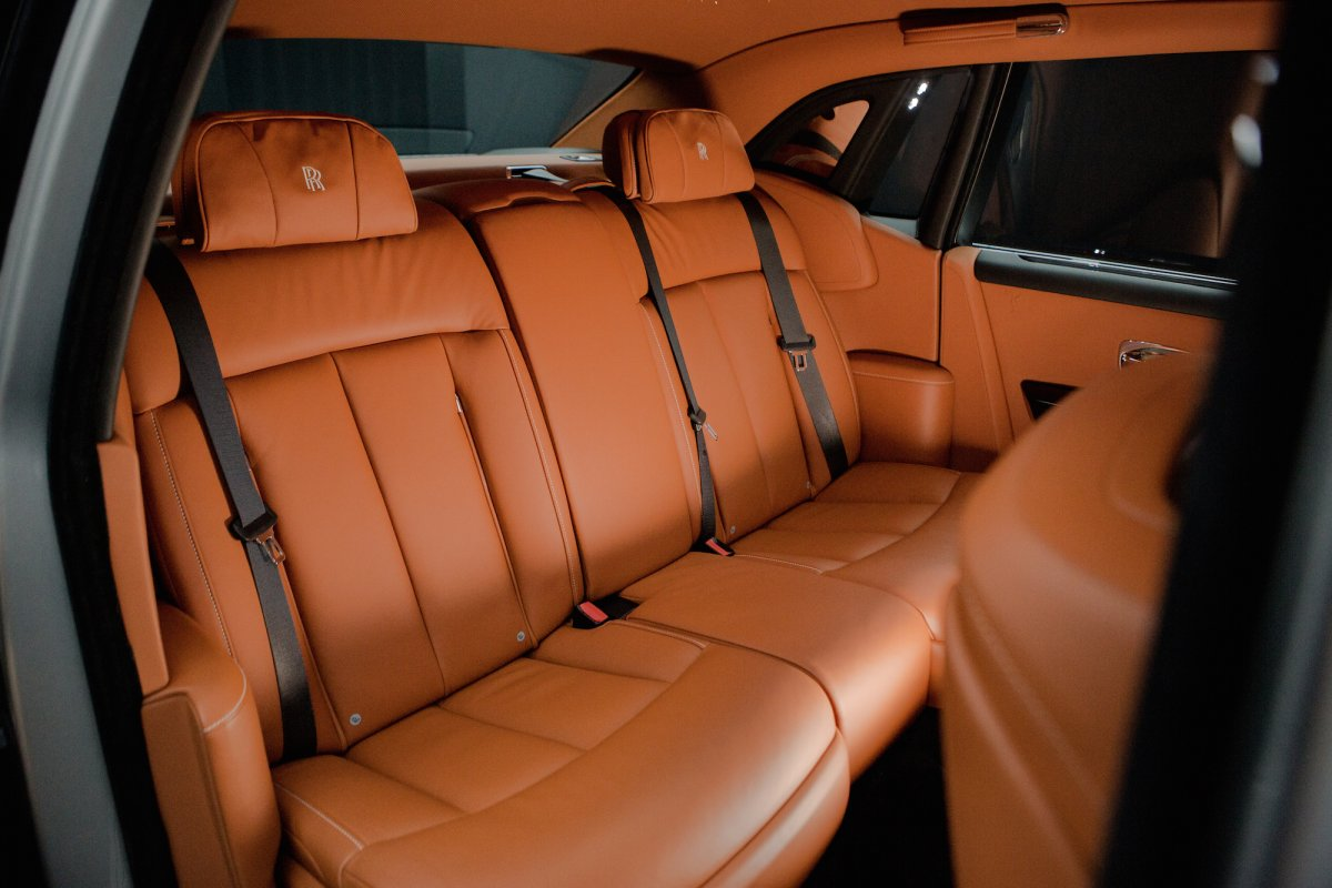 Rolls-Royce Phantom Back Seats