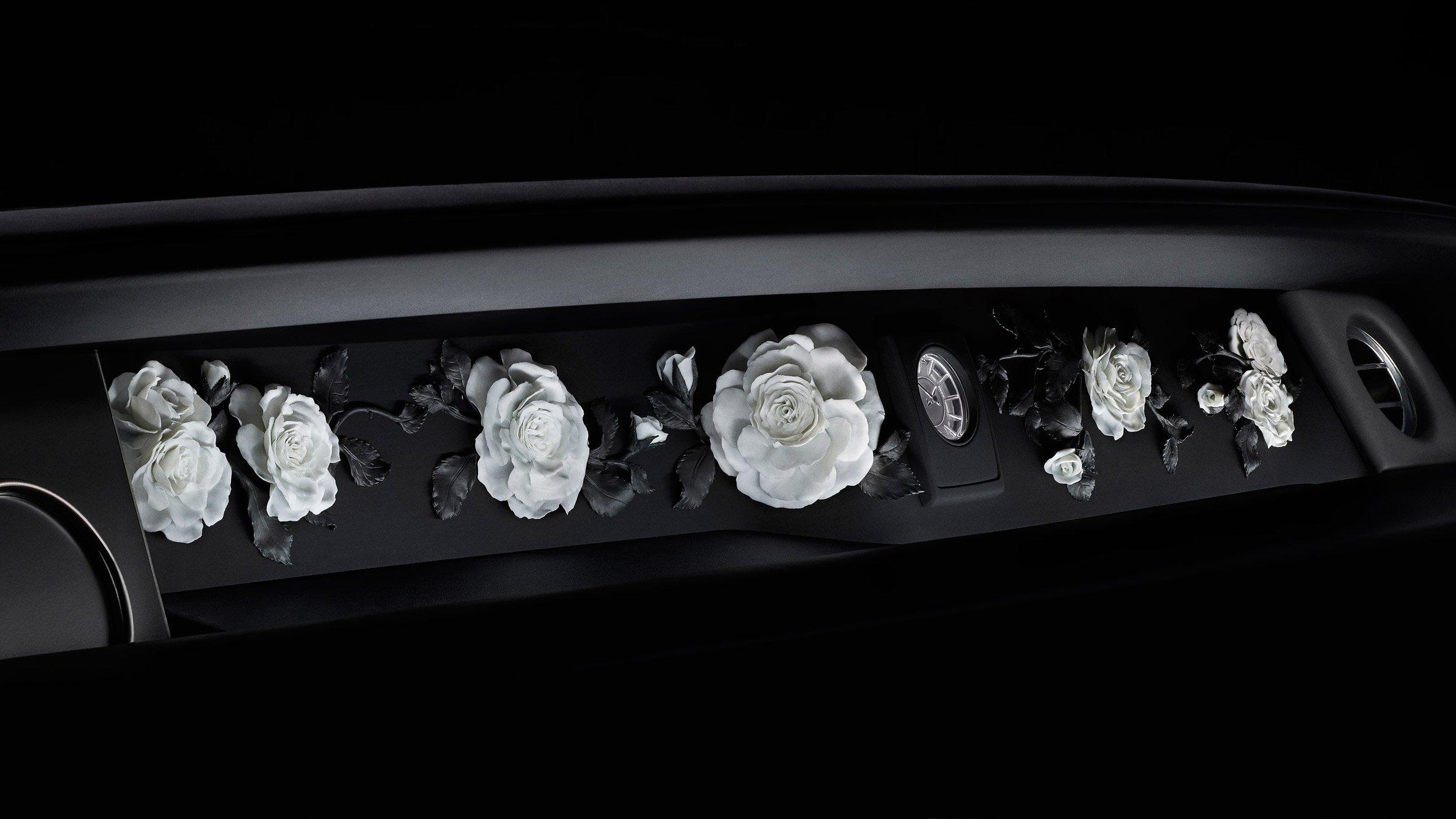 Rolls-Royce Phantom The Gallery - Flowers