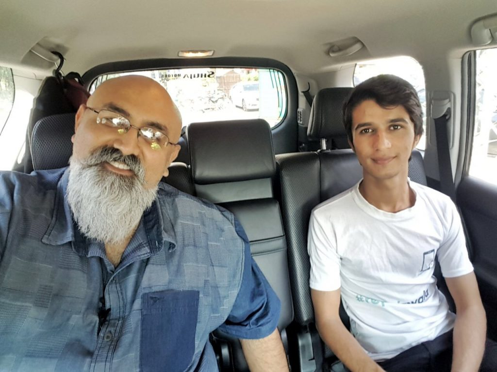 UberPitch - Khurram Zafar with Sohaib from Repairwala startup