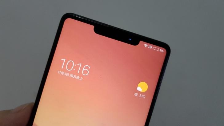 """Všetci chcú zrazu vyrábať telefóny s výrezom na displeji. Výnimkou samozrejme nie je ani """"Čínske Apple"""" Xiaomi so svojim modelom Mi Mix 2S - svetapple.sk"""