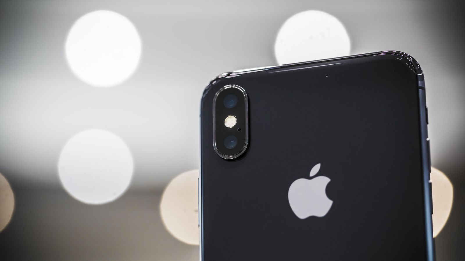 Apple is looking to include a 3D sensor in 2019 iPhone