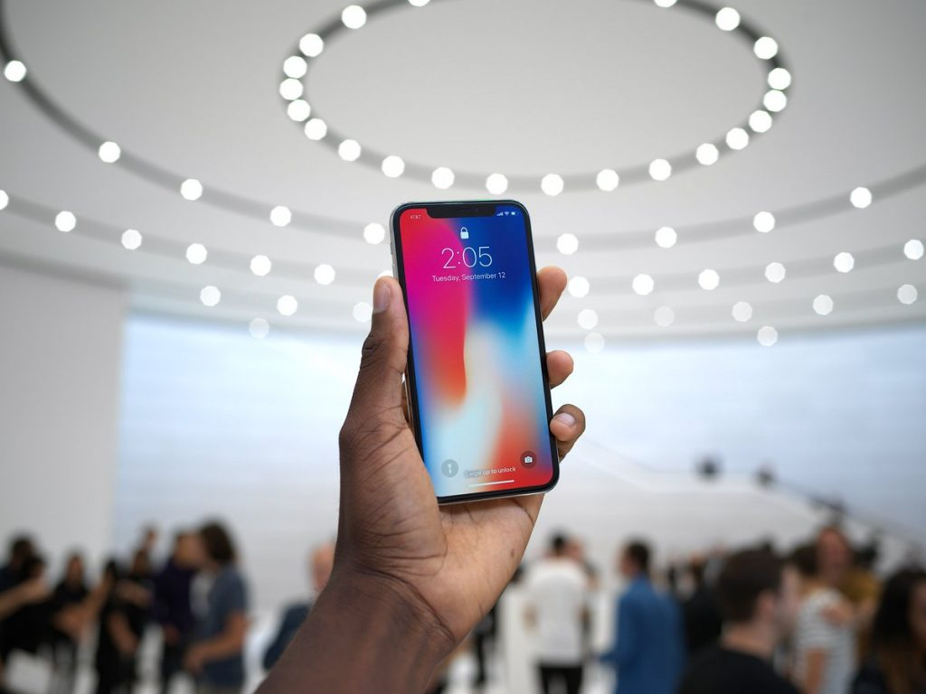 Apple Apparently Shipped 29 Million iPhone X Handsets In Q4 2017