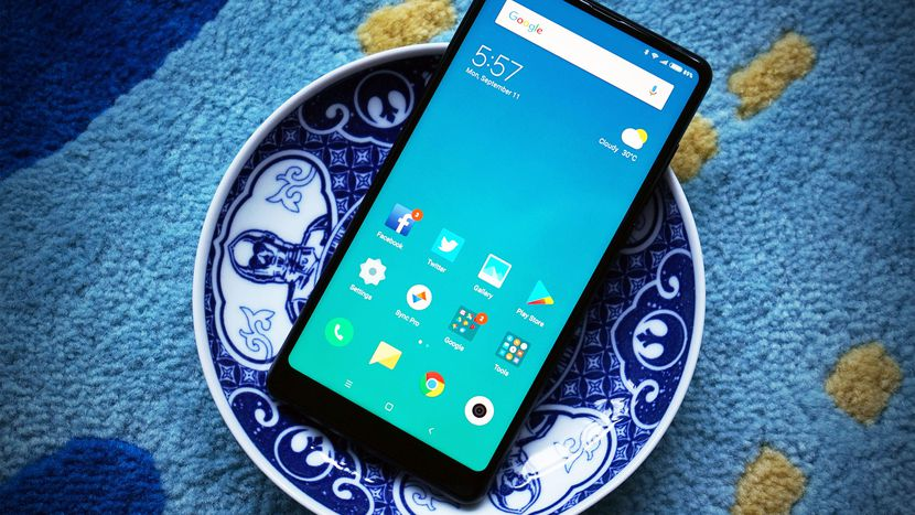Xiaomi beats Samsung to become largest smartphone maker in ...