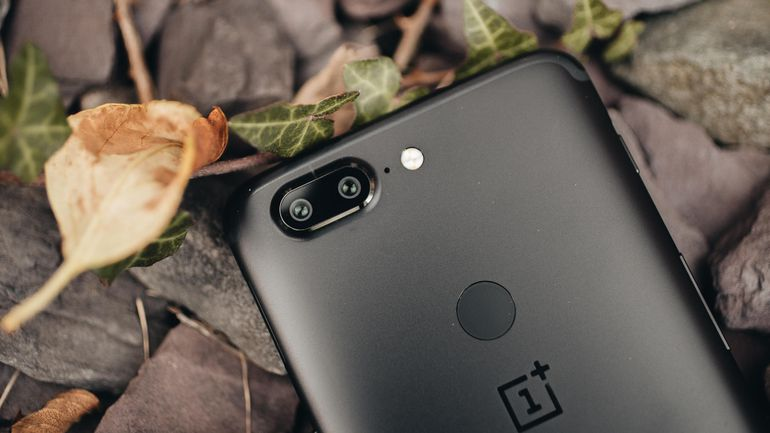 Confirmed: The OnePlus 6 Will Ship with a Notch