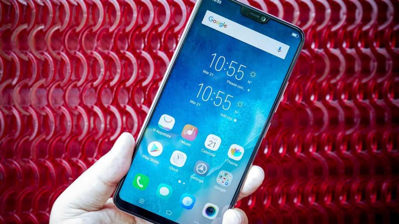 Vivo V9 goes official and it's not a copy of iPhone X entirely