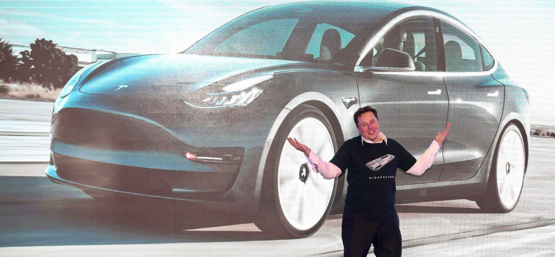 Tesla-elon-musk-techjuice