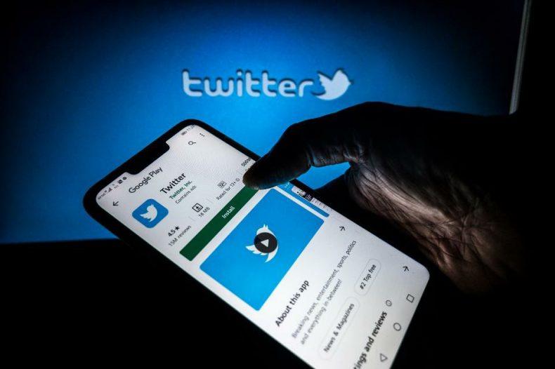 Twitter-subscription-secret- model-TechJuice