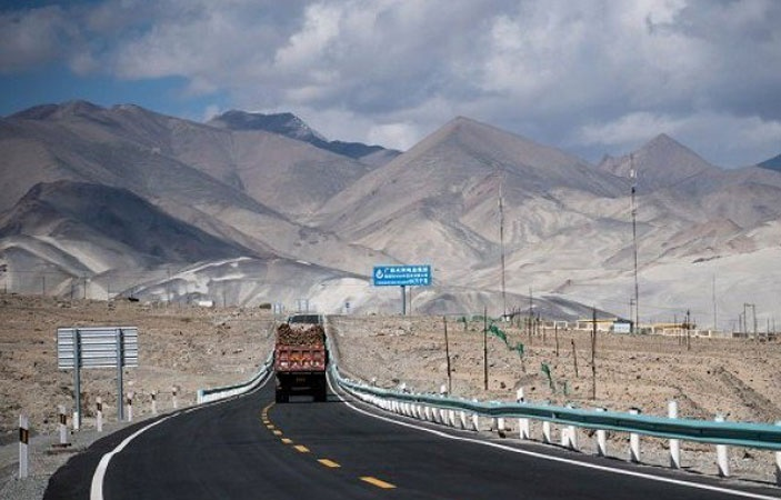 CPEC-digital-Highway-Plan-Fiber-Network-Khunjarab-TechJuice